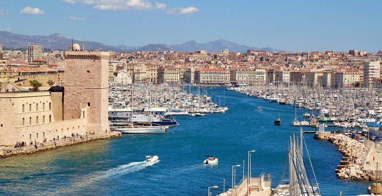 Entreprendre dans la restauration rapide : Marseille figure dans les Top 3 des villes